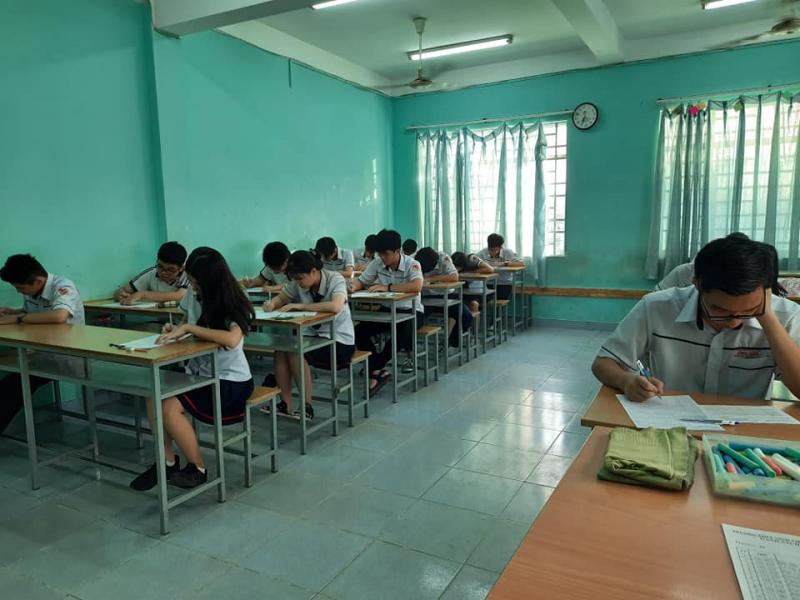Trung tâm luyện thi đại học Vĩnh Viễn